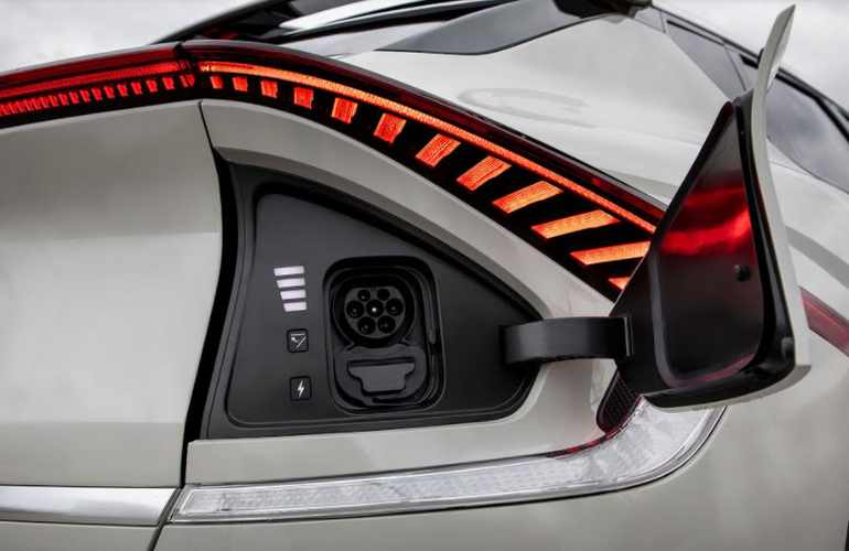 Kia EV6 - właściciele tego elektrycznego crossovera będą