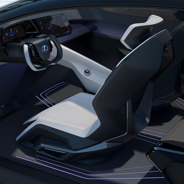 Lexus LZ-Elextrified zadebiutował.