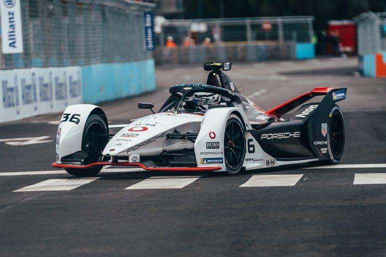 Czy Formuła E to przyszłość sportów motorowych?