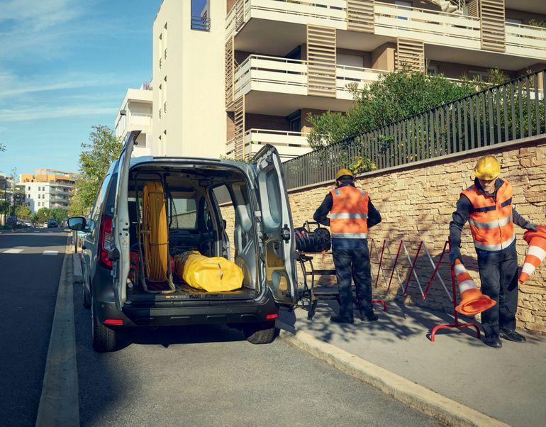 Renault Express Van już dostępny do zamawiania. Znamy cenę w Polsce!
