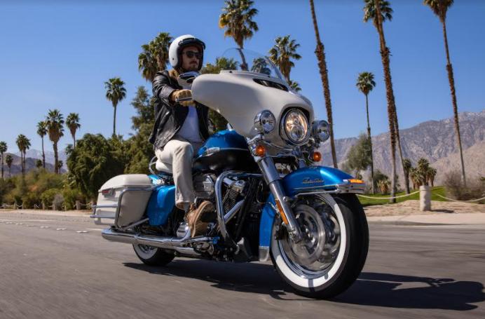 Harley Davidson Electra Glide Reviva