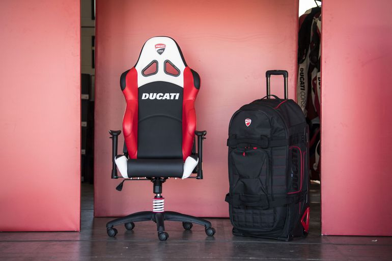 Kolekcja Ducati Redline
