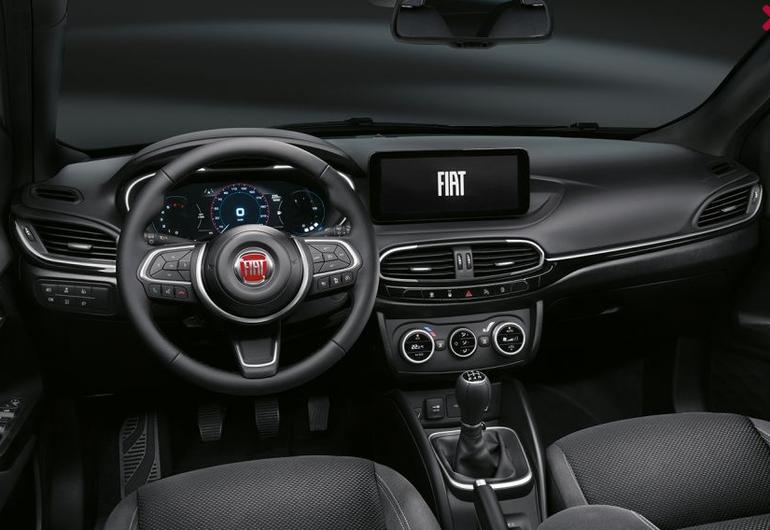Fiat Tipo City Sport 2021. Znamy cenę wersji z turbodoładowanym silnikiem benzynowym!