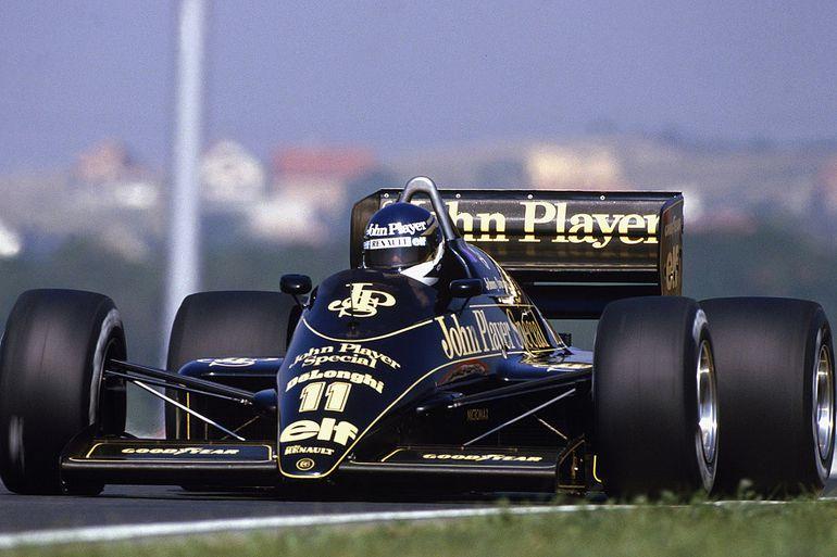 Zmarł słynny kierowca wyścigowy. W Formule 1 był w jednym zespole z Ayrtonem Senną
