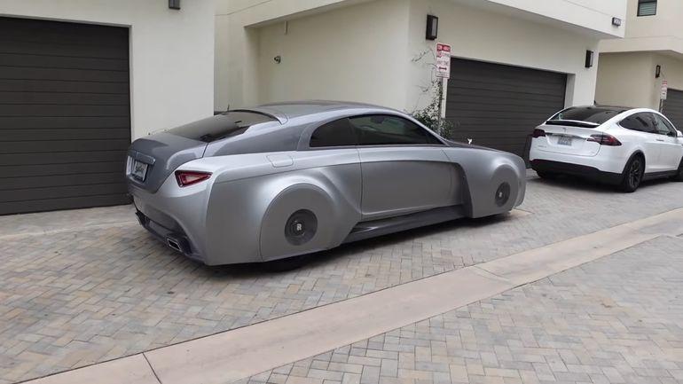Rolls-Royce Wraith w takim tuningu to prawdziwa tortura dla oczu!