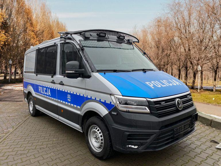Nowe samochody dla polskich policjantów. Z silnikami 2.0 TDI o mocy 177 KM