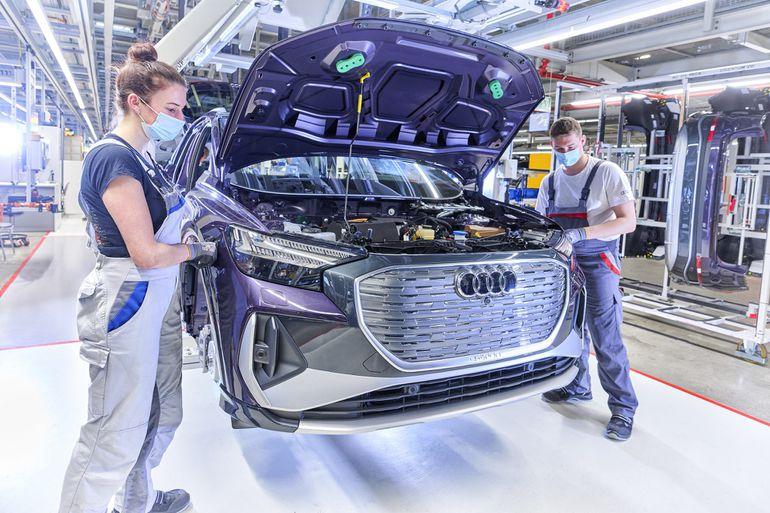 Audi przyspiesza transformację do e-mobilności