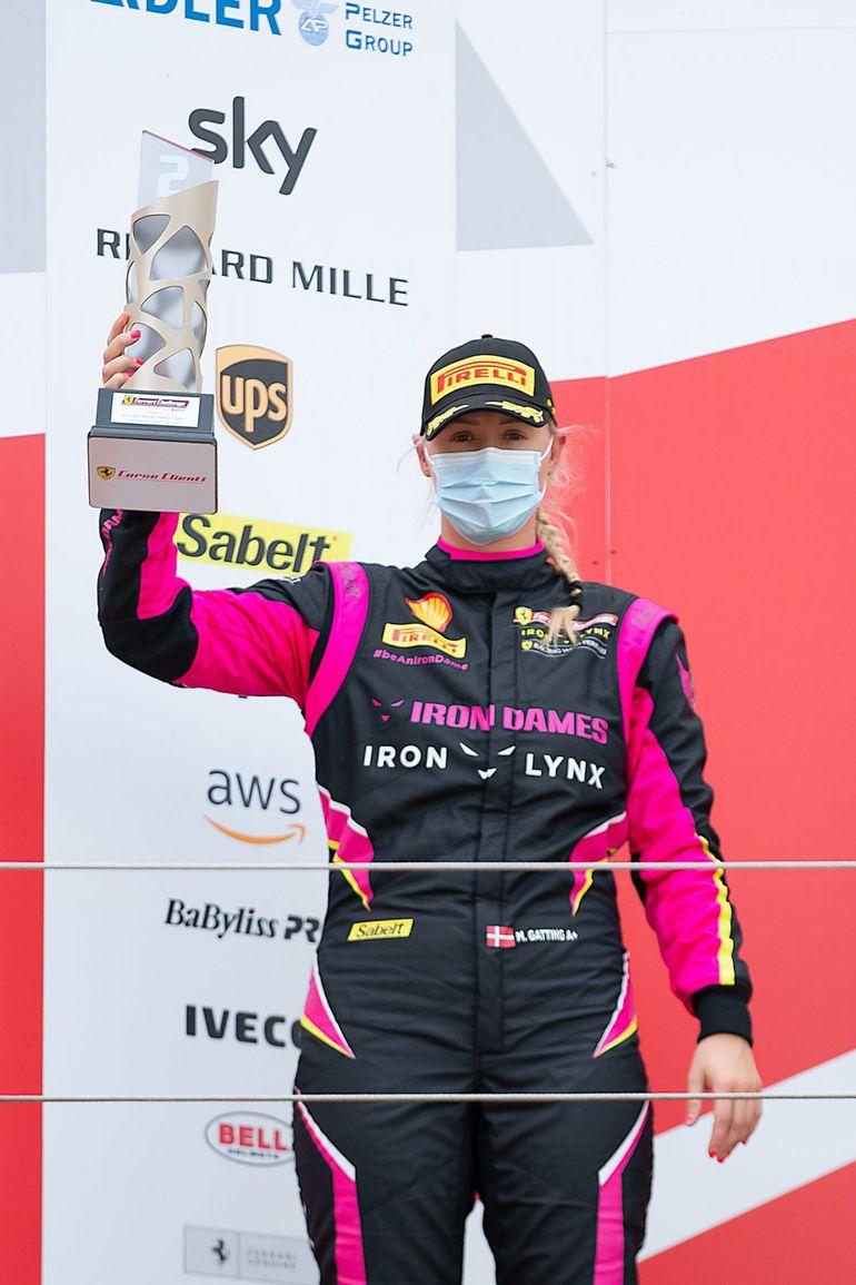 Michelle Gatting króluje w Ferrari Challenge