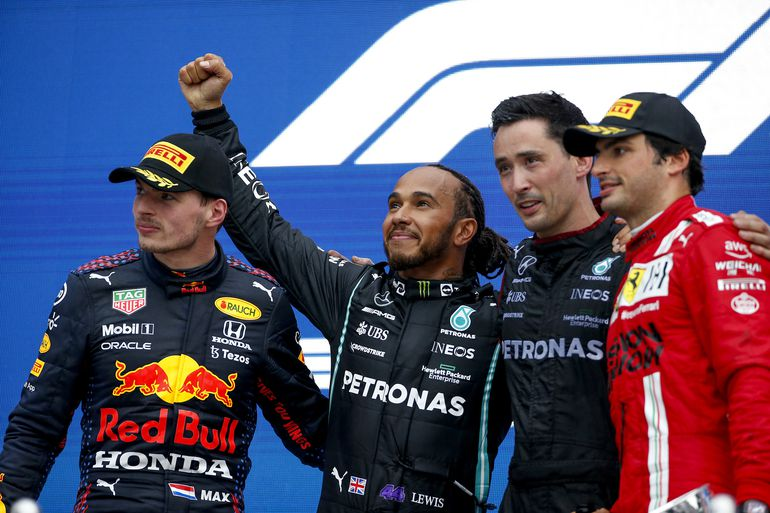 GP Rosji: 100 zwycięstwo Lewisa Hamiltona