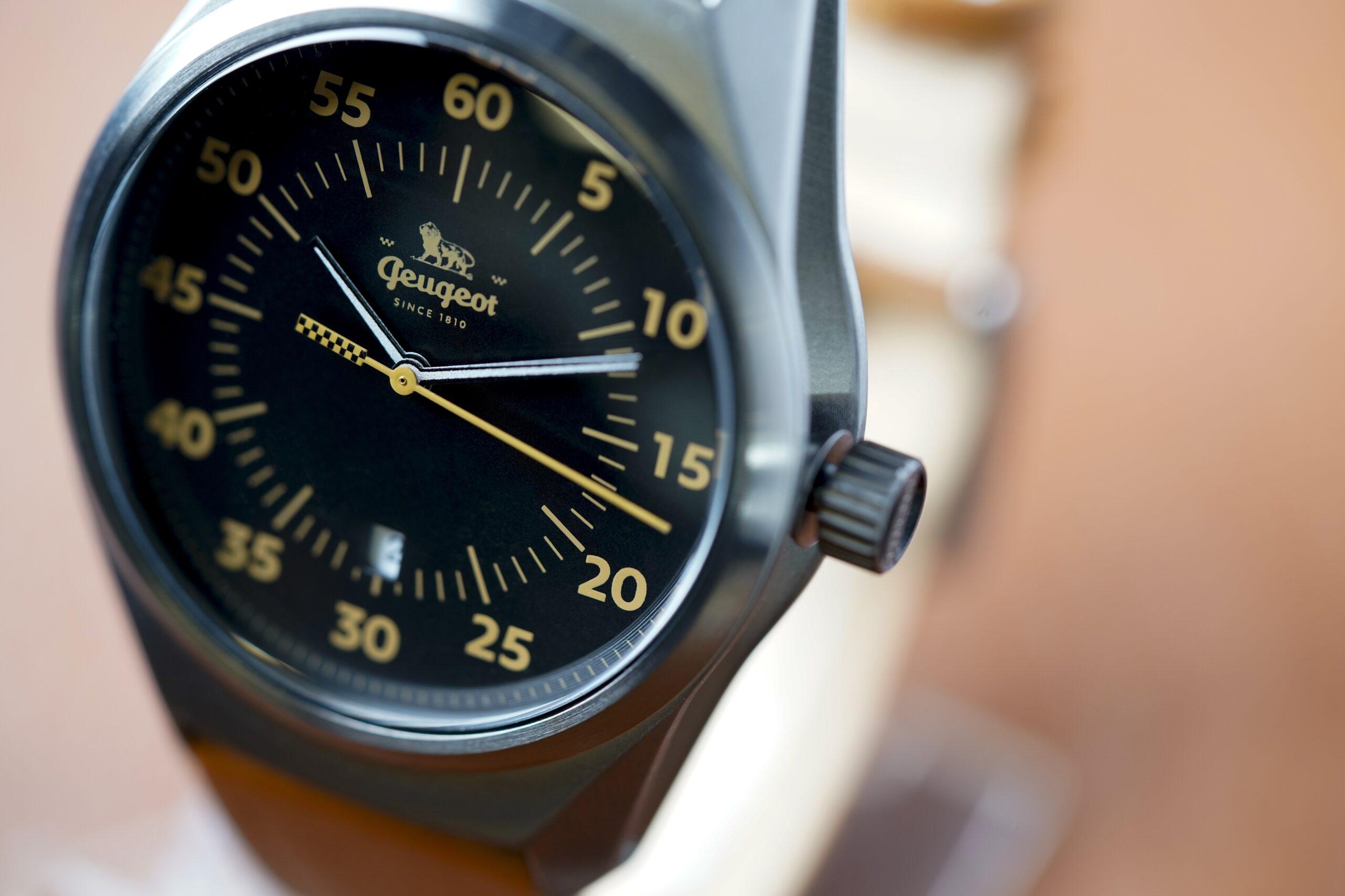 Zegarki Armand SINCE 1810 - gadżet dla fanów francuskiej motoryzacji