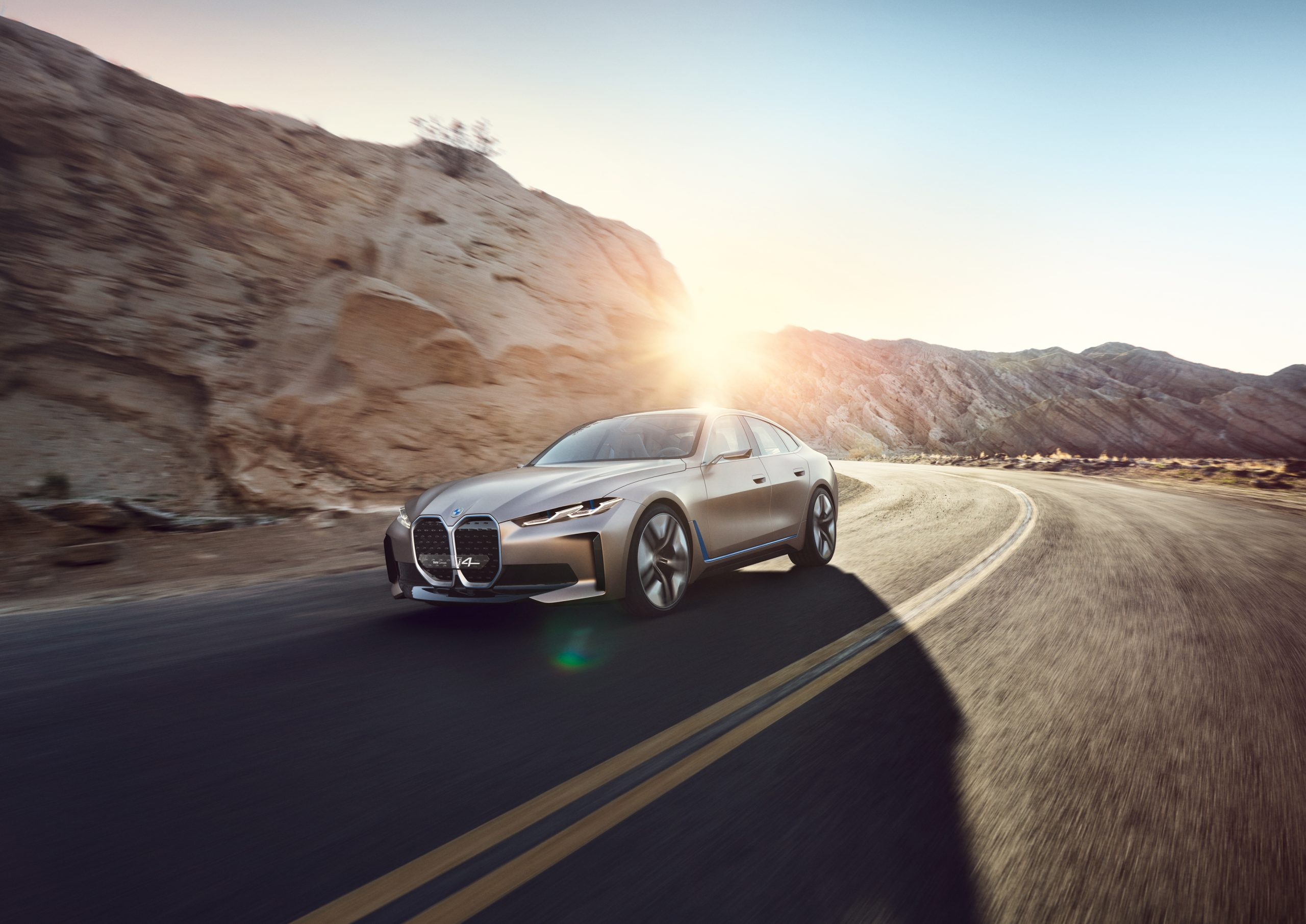 BMW Concept i4 - tak brzmi napęd elektryczny przyszłości!