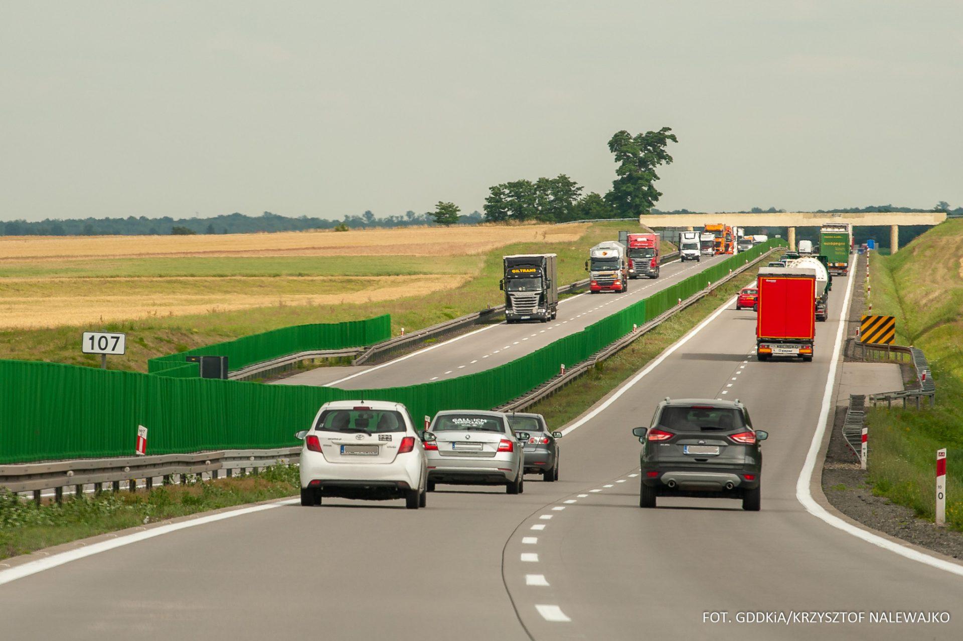 Gdzie w Polsce ciężarówki nie mogą wyprzedzać na autostradzie? Lista miejsc